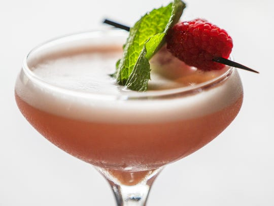 What's the best cocktail bar in Indianapolis? Now's the time to vote!