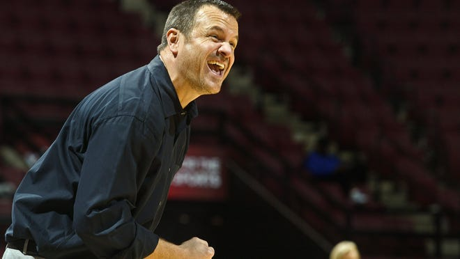 U of L head coach Jeff Walz reacts in the second half of his team's Jan. 22 game at Florida State.