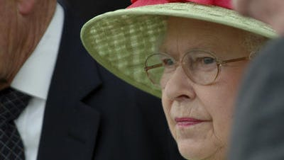 Queen Elizabeth II during her appearance at the Kentucky Derby at Churchill Downs in 2007.