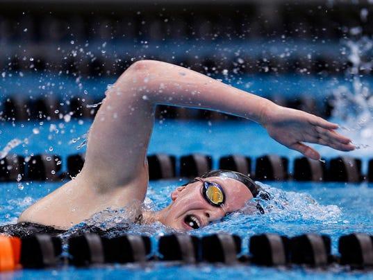 1-YDR-KP-121715-swim