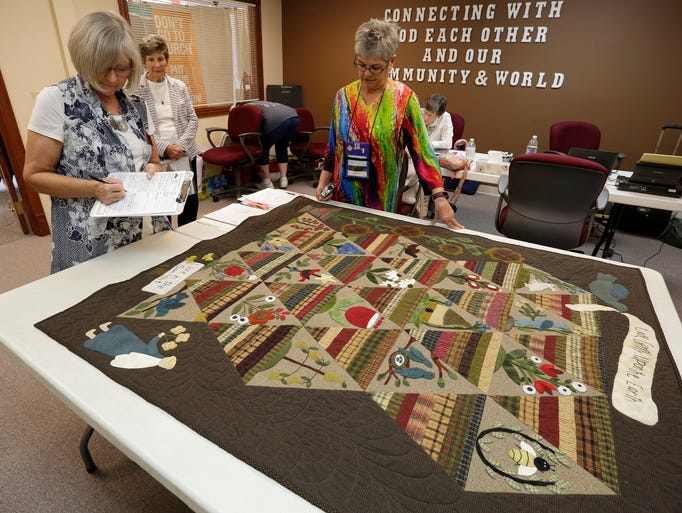 Sheboygan County Quilters Guild annual show values and shows quilts : quilt guild games - Adamdwight.com