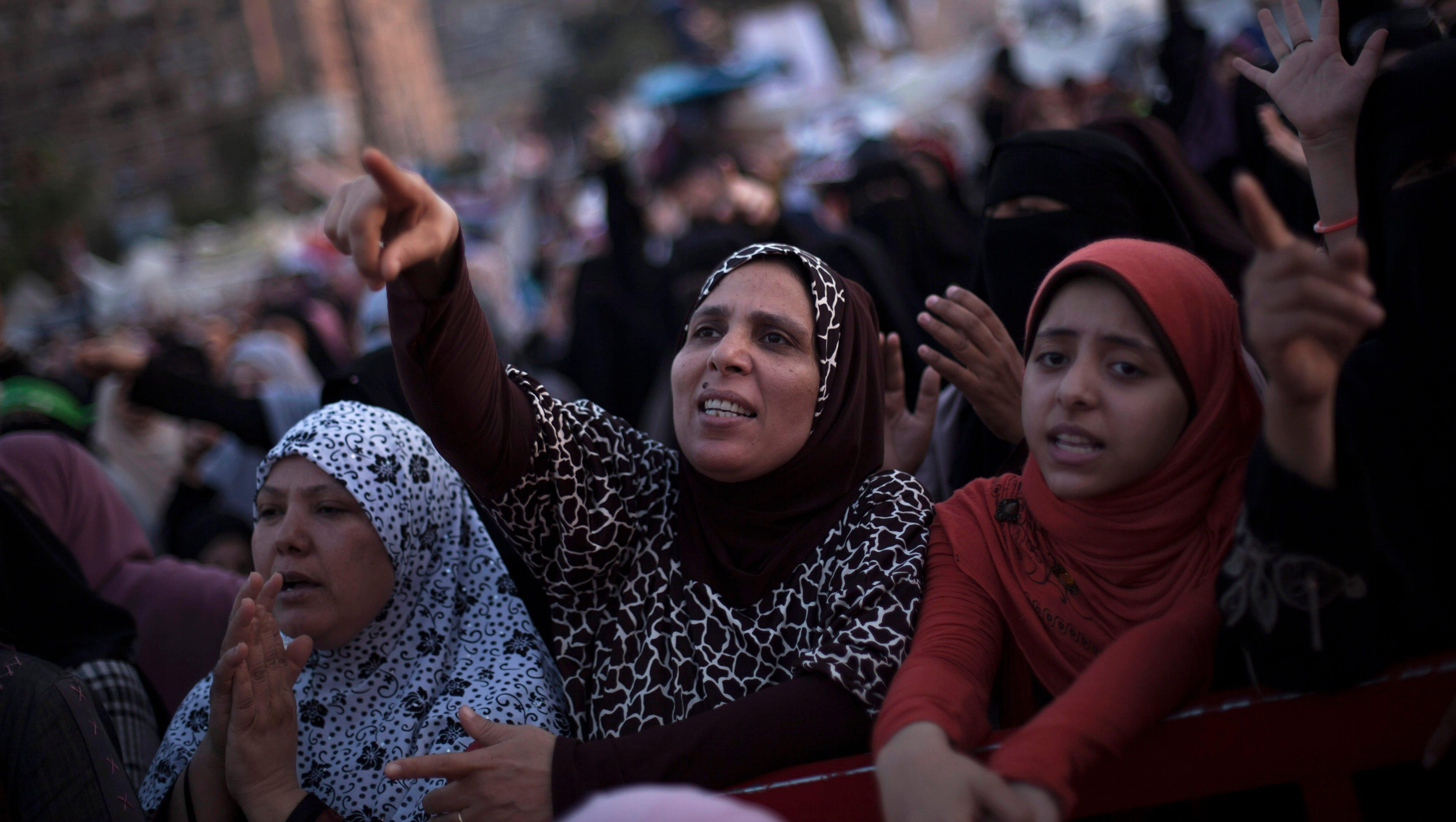 Morsi supporters chant slogans.