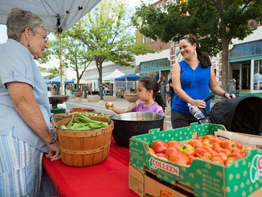 081016 Farmer's Market