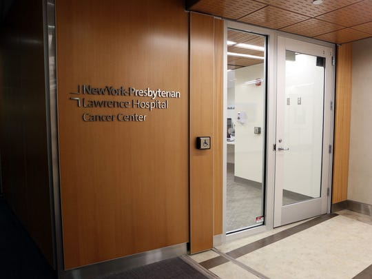 The entrance to the new cancer care center at NewYork-Presybterian