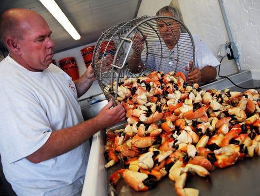 LEDE NDN 1015 Crab Season 001