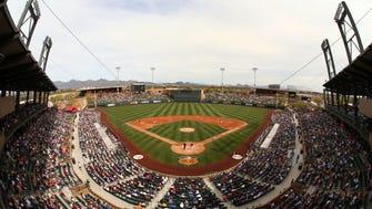 Arizona Diamondbacks play the Los Angeles Dodgers during spring training action on Mar. 3, 2017 at Salt River Fields in Scottsdale, Ariz.