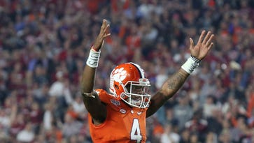 Projecting the 2016 college football top 25