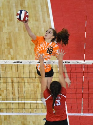 Abby Koenen (16), a UW-Milwaukee recruit, had a strong performance for Burlington in the state tournament last season.