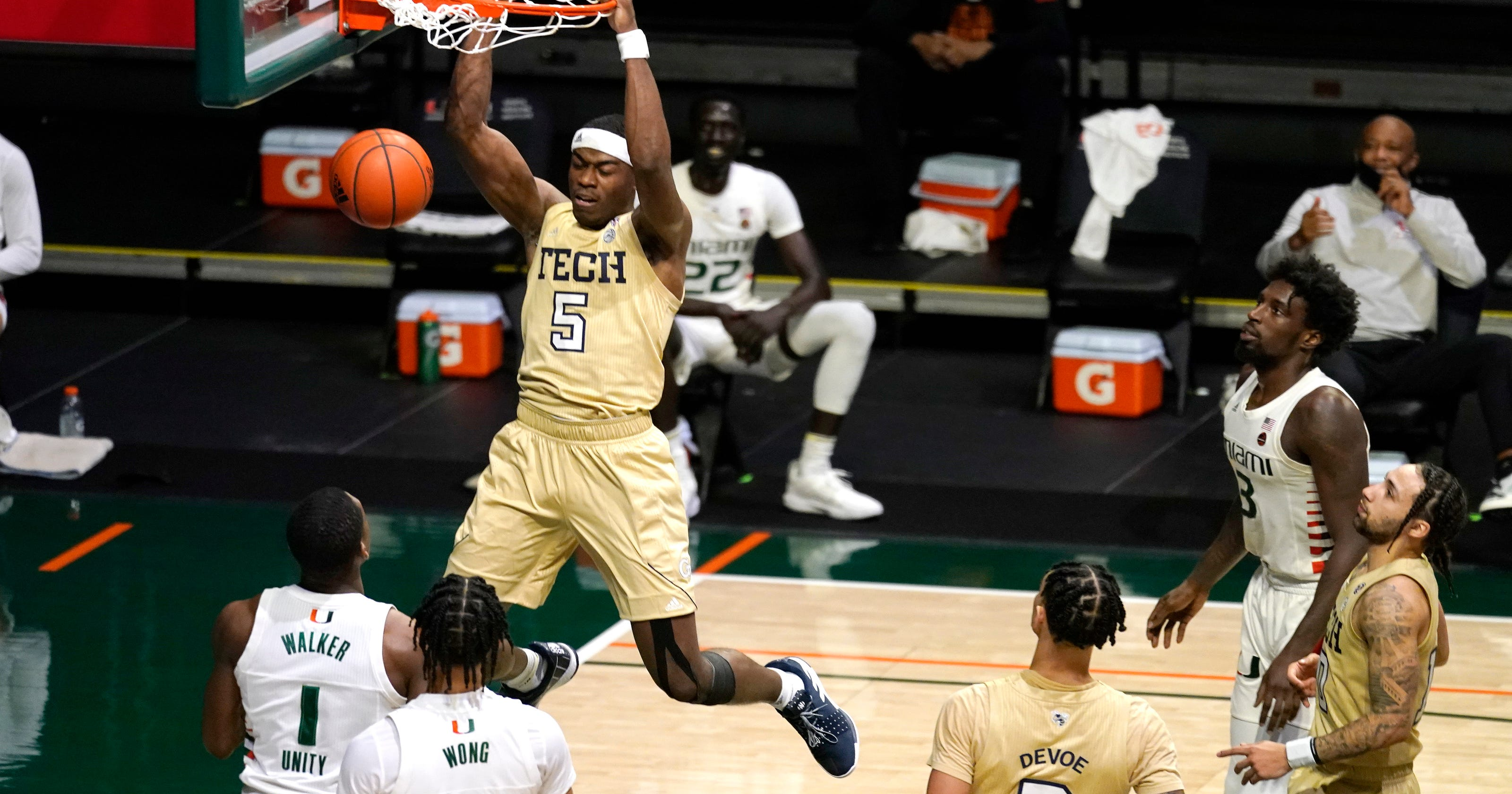 <p>Reports: Georgia Tech without ACC's best player after positive COVID-19 Evaluation thumbnail