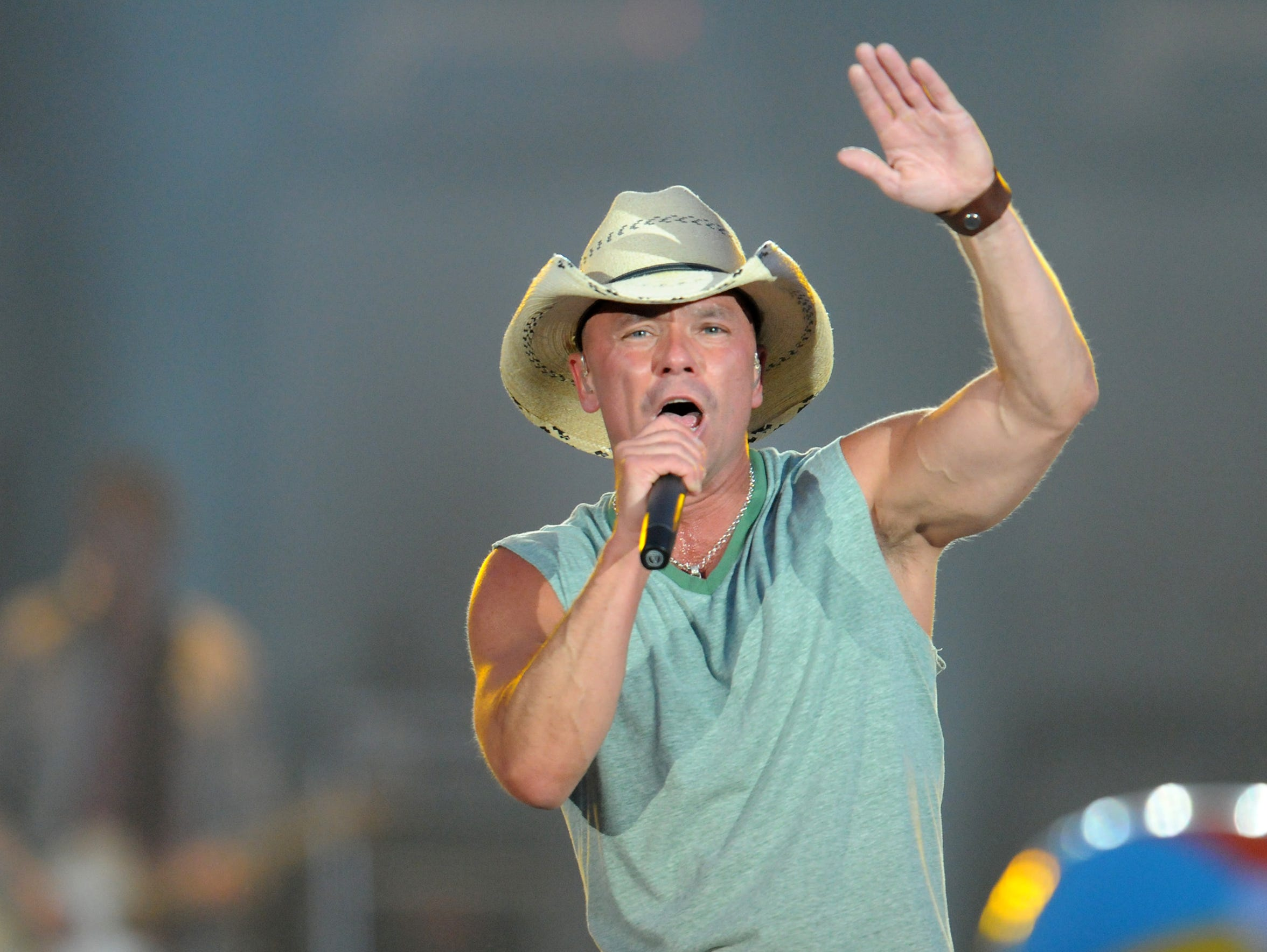 Kenny Chesney will be back at Lambeau Field June 20.