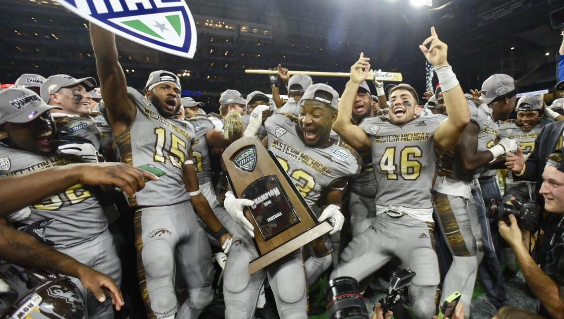 best loved 0a1aa b062f article.wn.com Lucky 13  Western wins MAC title, likely in Cotton Bowl  rssfeeds.detroitnews.com