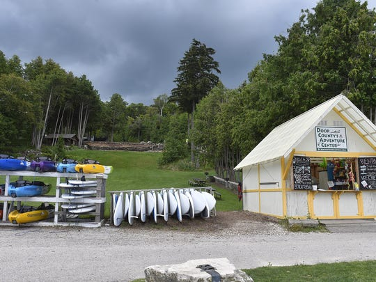 Door County Adventure Center offers hourly rental of sit-on style kayaks and paddle boards at four locations including  Egg Harbor Beach. There are other rental locations by other businesses throughout the county.