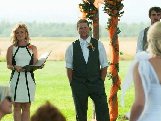 Second Job As Wedding Officiant Rewarding Montanans Say