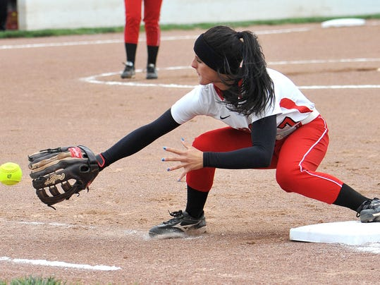 BUC 0513 Willard at Bucyrus Softball_4.JPG