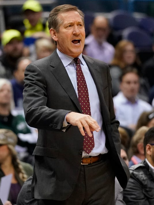 New York Knicks head coach Jeff Hornacek reacts during the first half of an NBA basketball game against the Milwaukee Bucks Friday, March 9, 2018, in Milwaukee. (AP Photo/Morry Gash)