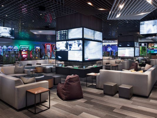 20 places to watch NFL and college football in Las Vegas 52399b1d7