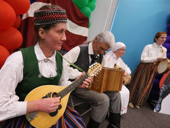 The Latvian dance troupe Dandari performed for free