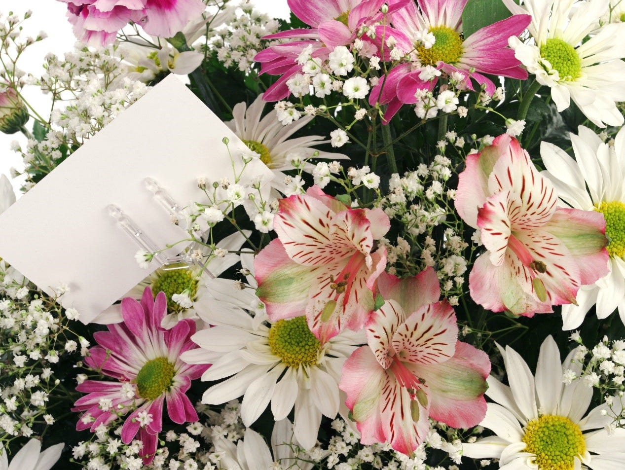 Fresh Flowers delivered to your door! Enter to win 5/1-5/22.