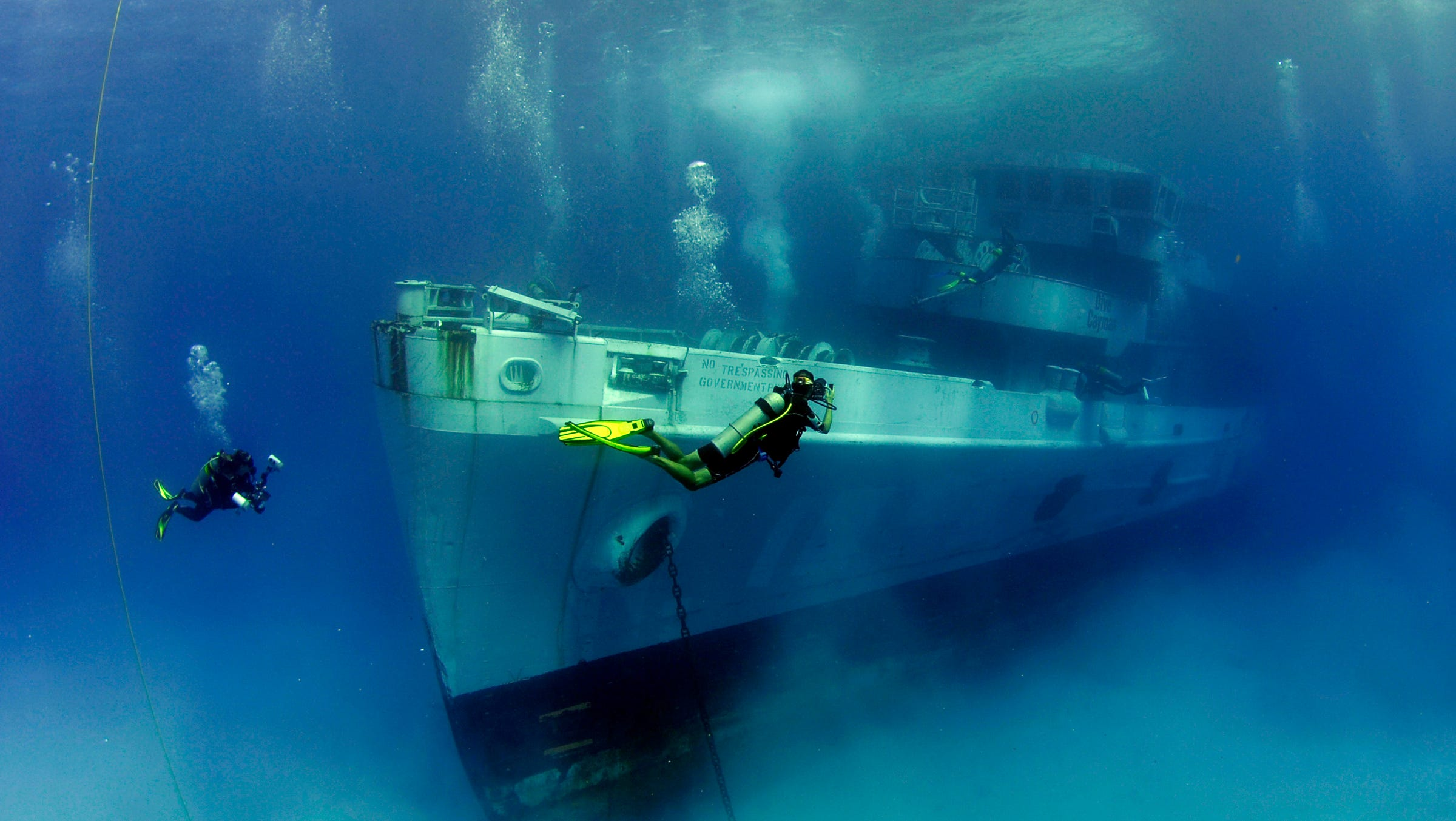 Best scuba diving sites in the cayman islands experience - Best dive sites ...