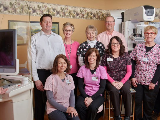 The HFM Women's Imaging staff and radiologists of Lakeshore