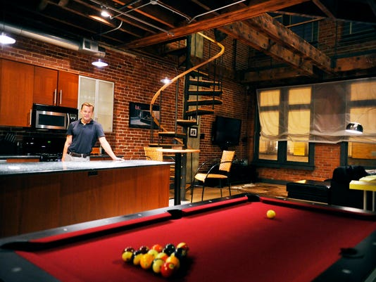 Bachelor pad decor: What guys should know about creating a ...