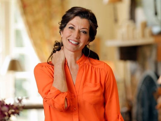 amy grants new christmas album takes somber sad approach - Amy Grant Home For Christmas