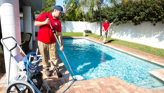 Pool Scouts of Pensacola services surrounding areas including Gulf Breeze, Navarre, Cantonmentand Pace.