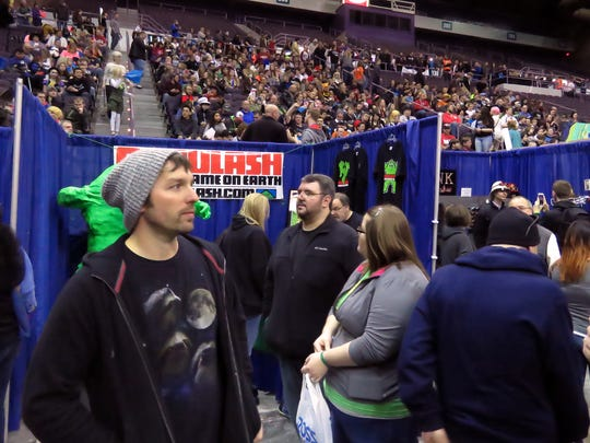 The second day of Pensacon 2015 drew the expected large