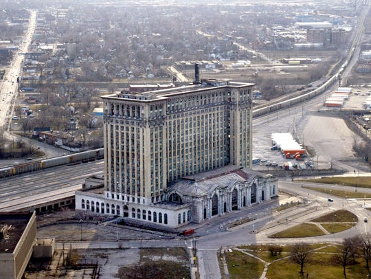 Michigan Central Station in March 2004.