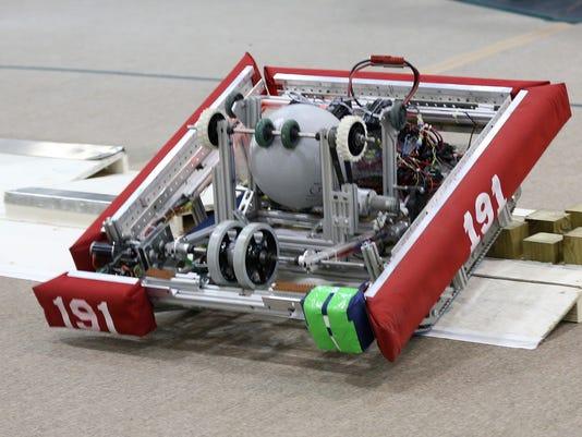 635916519905147284-Jg-022016-Robots-2.jpg
