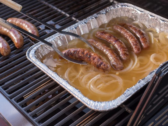 After grilling, the brats can be returned to the onion-beer