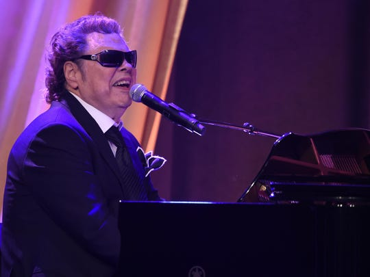 Ronnie Milsap has enjoyed both country and pop hits.