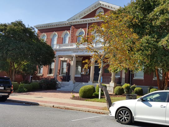 The historic Somerset County Courthouse is located