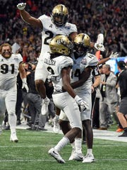 Central Florida defensive back Antwan Collier (3) reacts