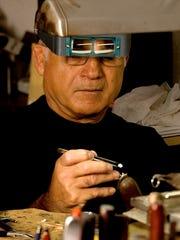 Manoli Savvenas grew up in Greece, where he was apprenticed to a jeweler.