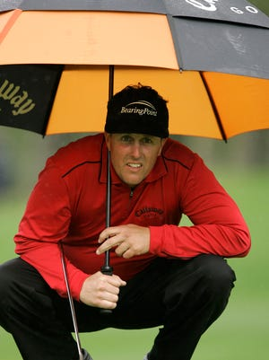 Phil Mickelson needs to rain or severe weather in Wisconsin on Thursday to have a chance at making it there in time to tee off.