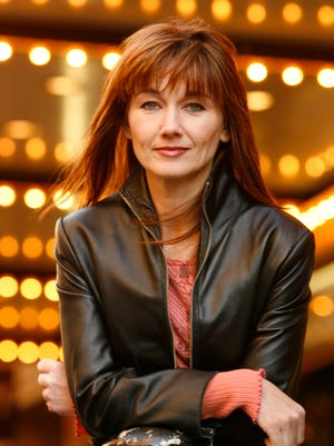 Lari White, photographed here in 2006, has died at age 52.