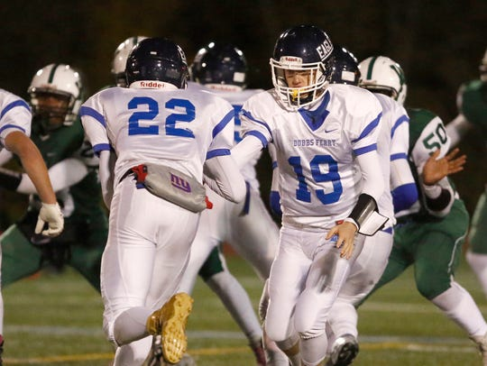 Dobbs Ferry defeats Woodlands 21-14 in the Section