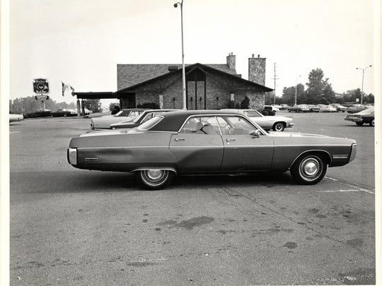 Spot in parking lot, north of Machus Red Fox restaurant