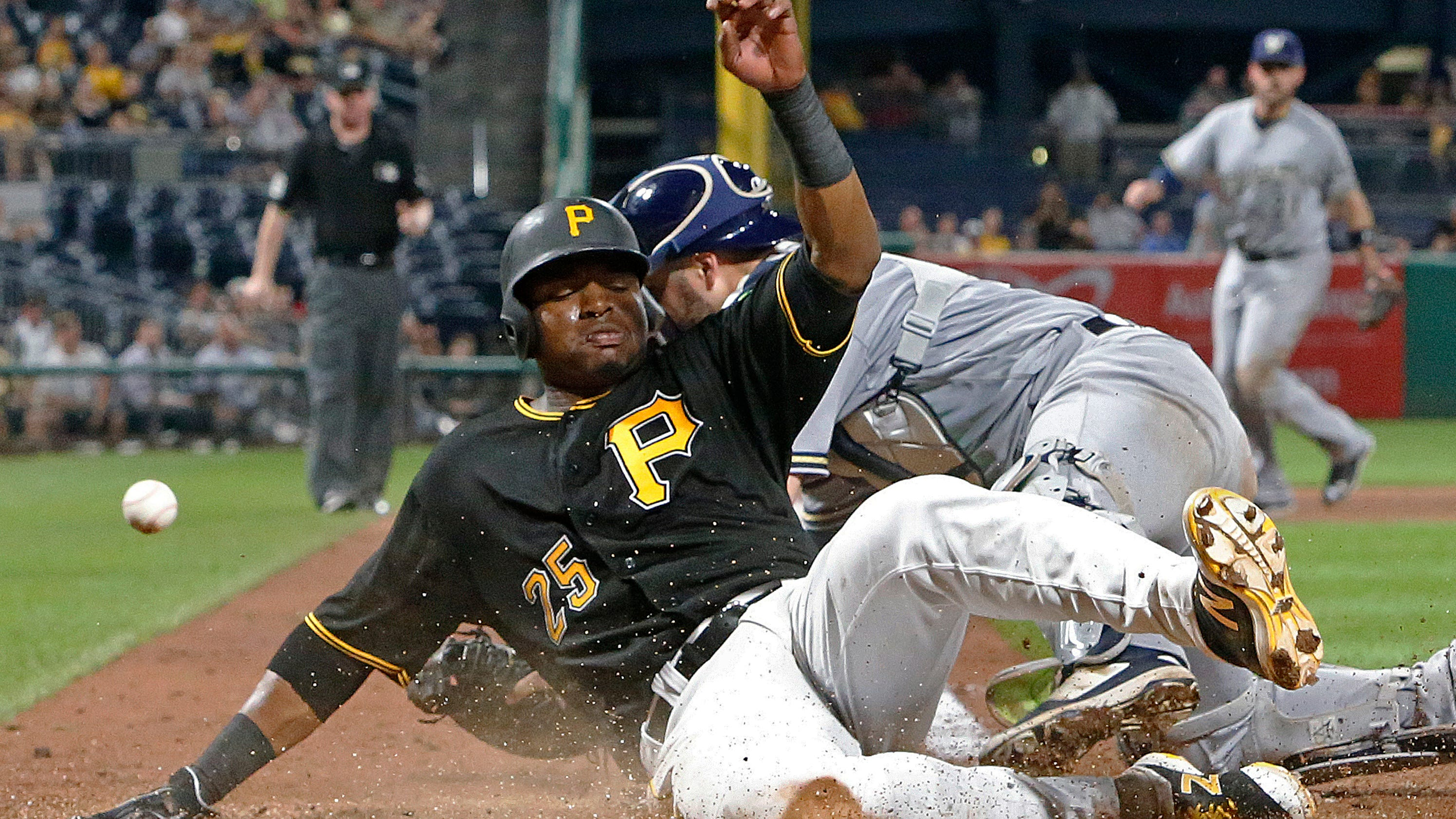 Polanco goes 4 for 4, Pirates top Brewers 4-2