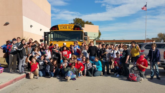 JMA students posed before heading out to Guadalupe Mountains National Park for a field trip.