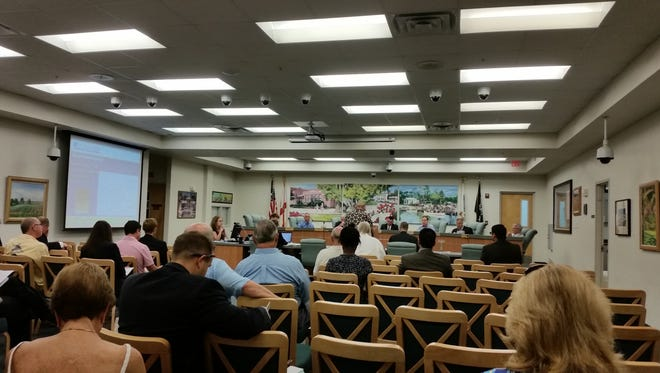Bonita Springs City Council holds its regular meeting at city hall in Bonita Springs, Wednesday, Aug. 17, 2016.