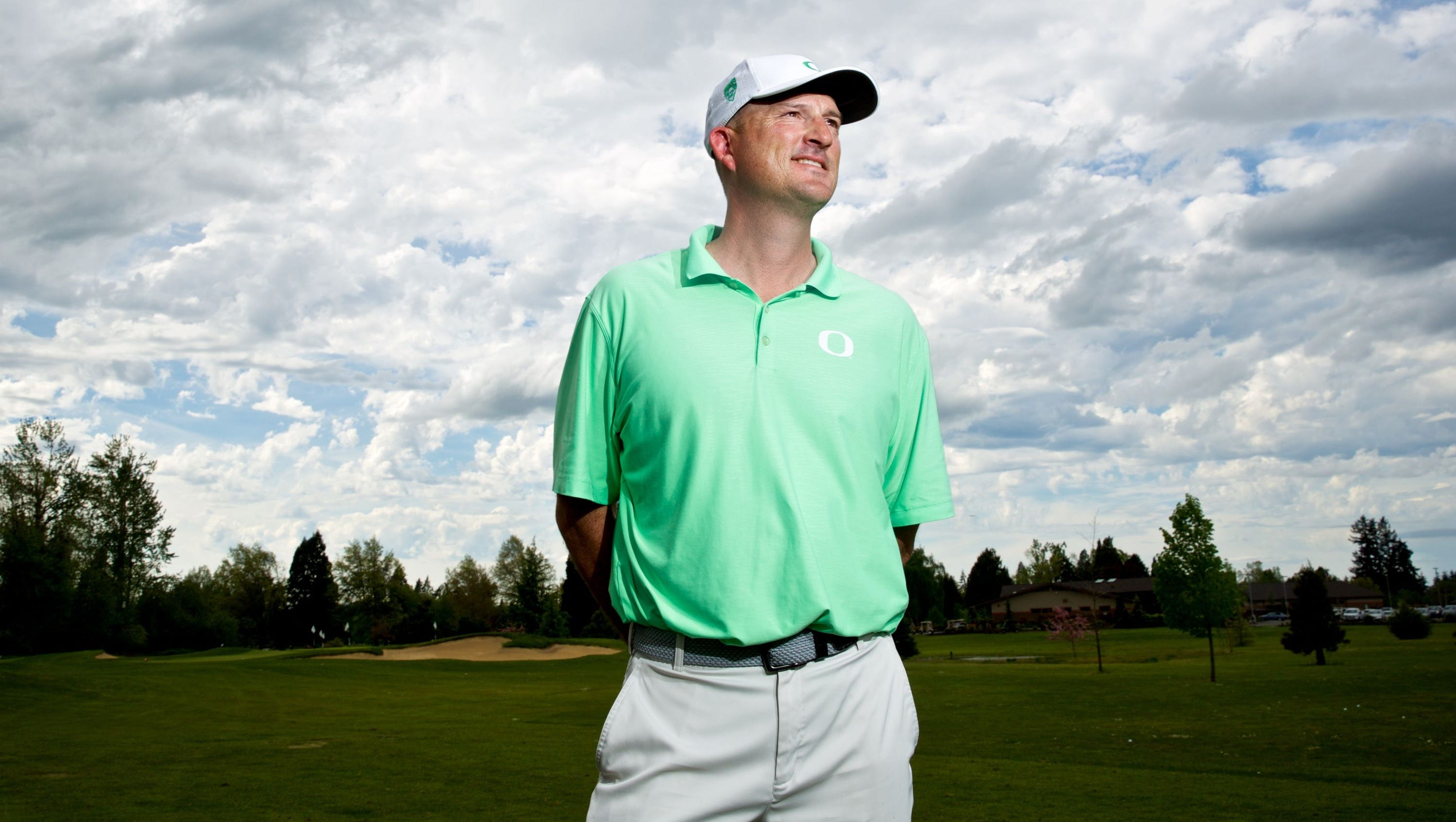 Casey Martin, Oregon's golf coach, is making his second act even ...