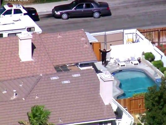 AP DEPUTY SHOT A USA CA