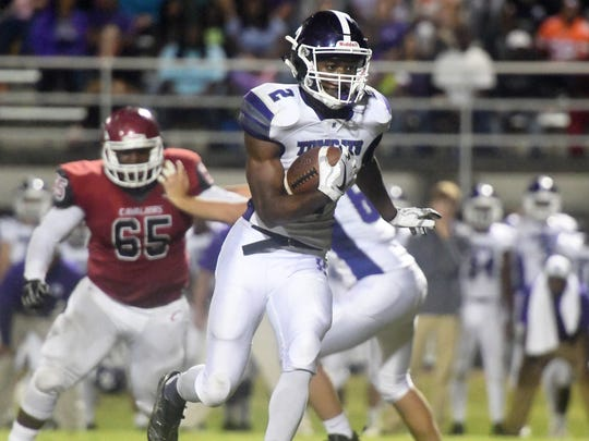 Haywood's Deyondrius Hines runs the ball during their game against Crockett County, Friday, October 13.