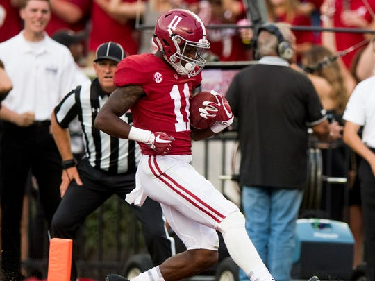 Alabama wide receiver Henry Ruggs III (11) scores a late touchdown against Tennessee at Bryant-Denny Stadium in Tuscaloosa, Ala. on Saturday October 21, 2017. (Mickey Welsh / Montgomery Advertiser)