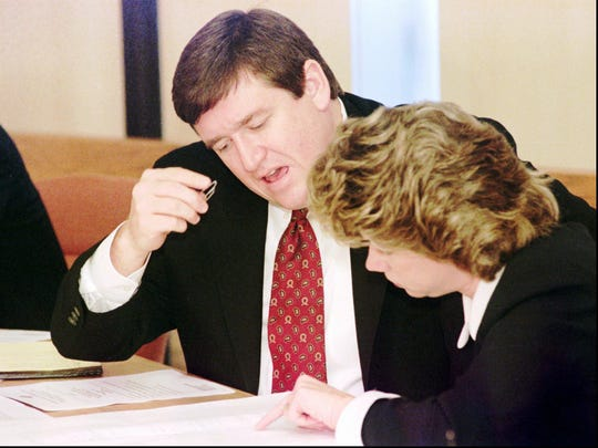 Rep. Mike Williams, D-Franklin, left, and Rep. Kim McMillan, D-Clarksville, during a public hearing at the Legislative Plaza in Nashville on Jan. 6, 1997.