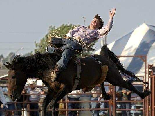 -Rodeo Friday 3.jpg_20080801.jpg