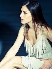 Singer-songwriter Sarah Blacker heads to Brandon Music