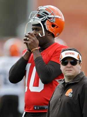 Quarterback Vince Young wore the Cleveland Browns orange for only a few weeks.